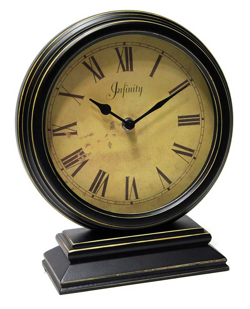 The Dais tabletop clock