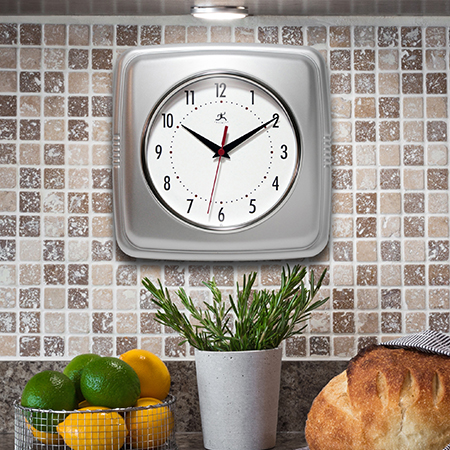 13228Sv-4103 retro wall clock